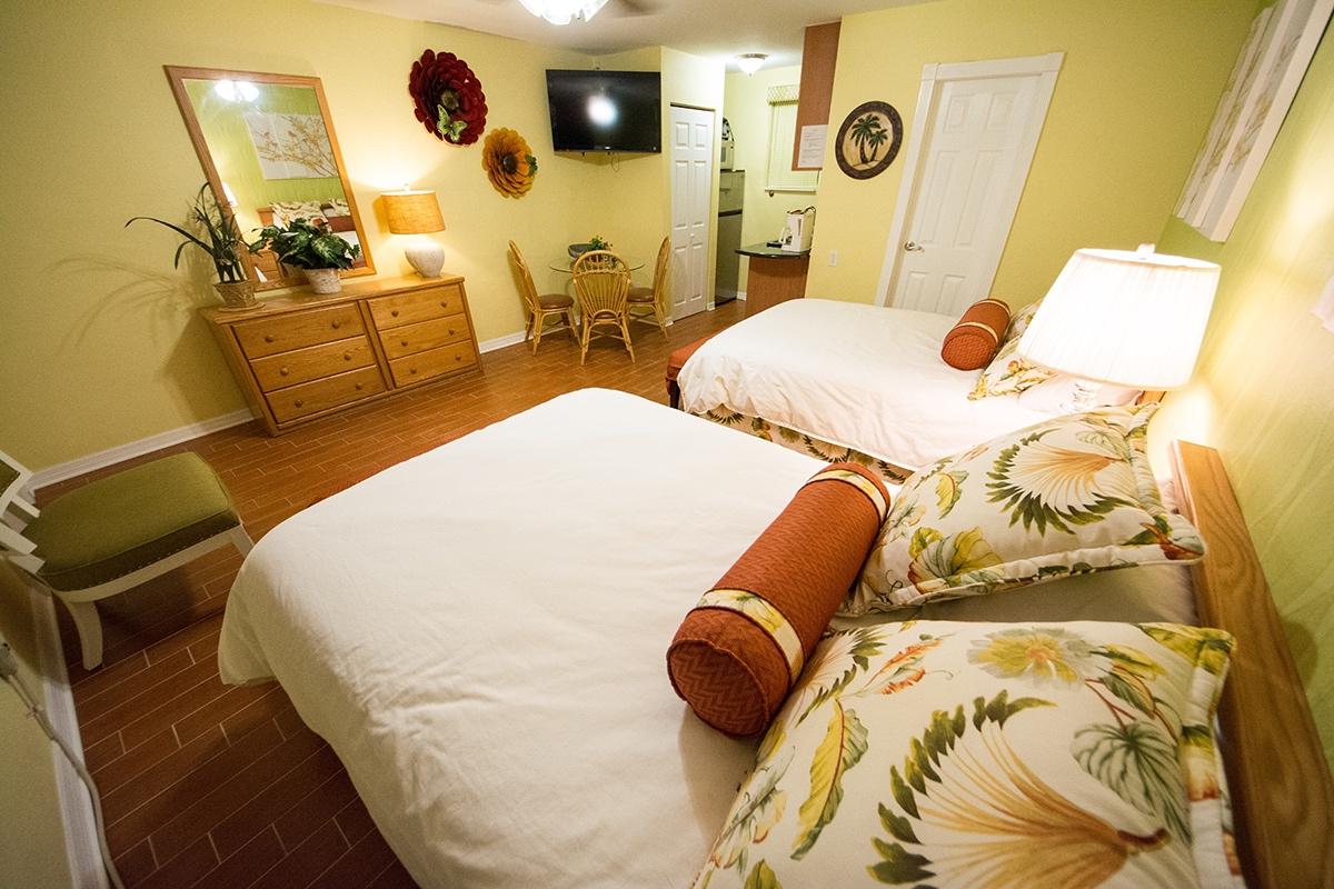 Camelot Beach Suites Elegant Preview