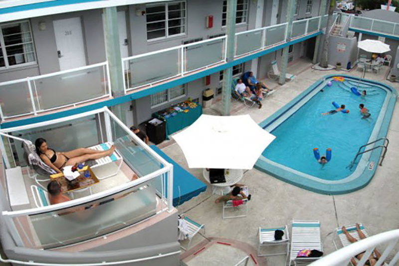 Camelot Beach Suites Property Private Crows Nest