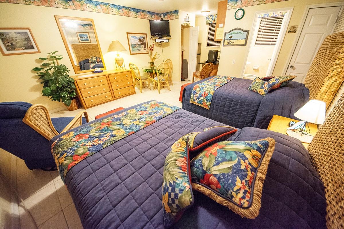 Camelot Beach Suites Tropical Paradise Preview